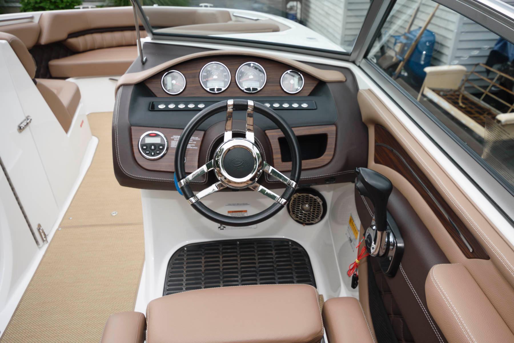 NY 6249 RP Knot 10 Yacht Sales