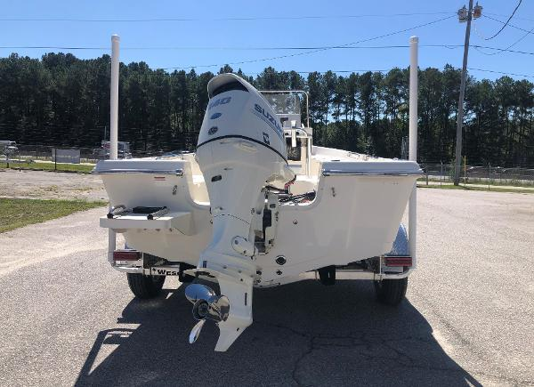 2021 Bulls Bay boat for sale, model of the boat is 2000 & Image # 8 of 30