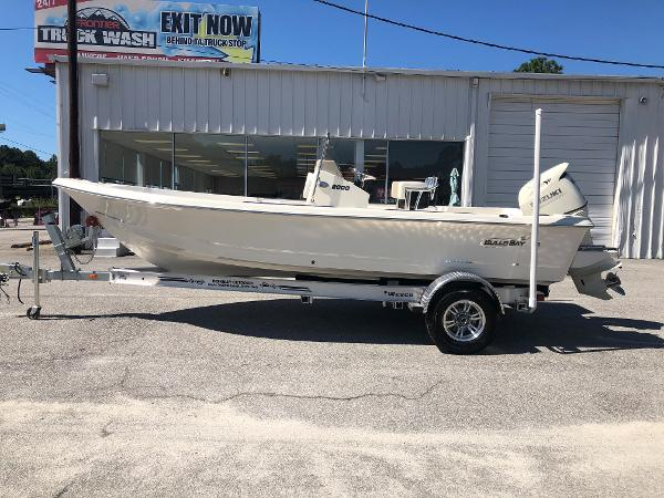 2021 Bulls Bay boat for sale, model of the boat is 2000 & Image # 4 of 30