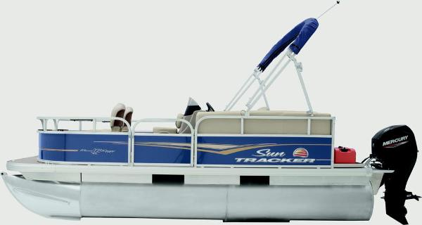 2021 Sun Tracker boat for sale, model of the boat is Bass Buggy 16 XL & Image # 4 of 13