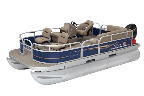 2021 Sun Tracker boat for sale, model of the boat is Bass Buggy 16 XL & Image # 6 of 13