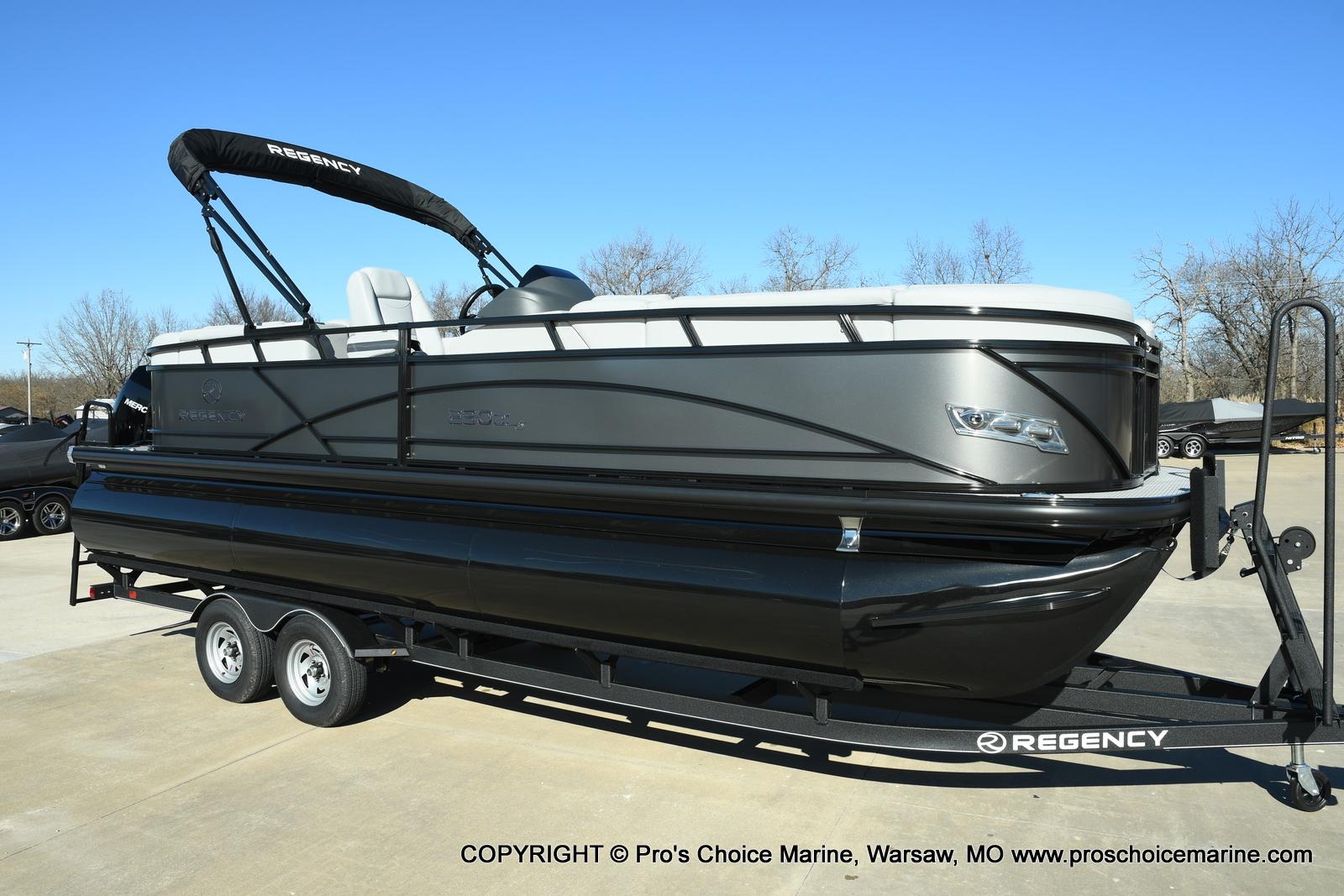 2021 Regency boat for sale, model of the boat is 230 DL3 w/250HP Mercury Verado 4 Stroke & Image # 1 of 50