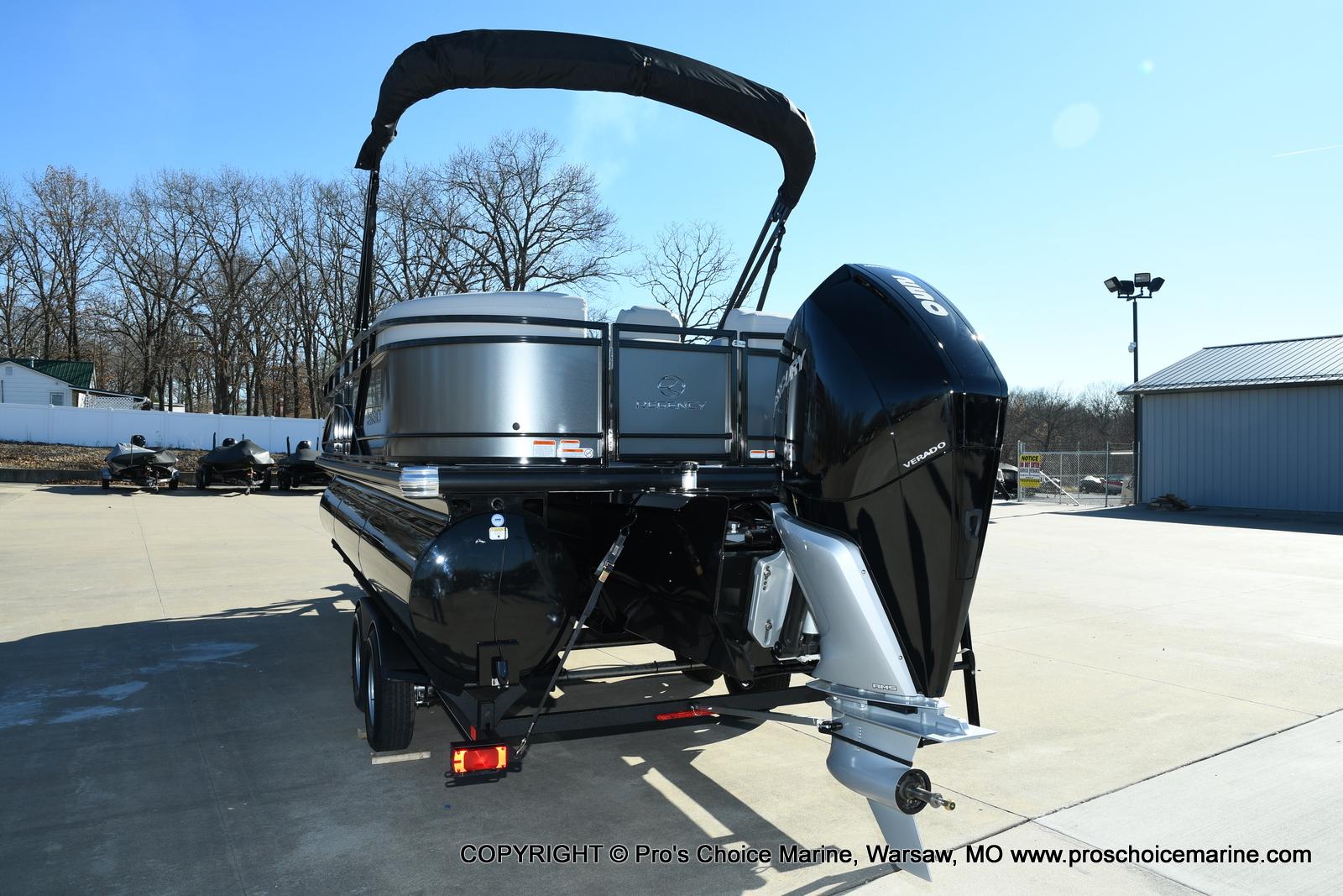 2021 Regency boat for sale, model of the boat is 230 DL3 w/250HP Mercury Verado 4 Stroke & Image # 14 of 50
