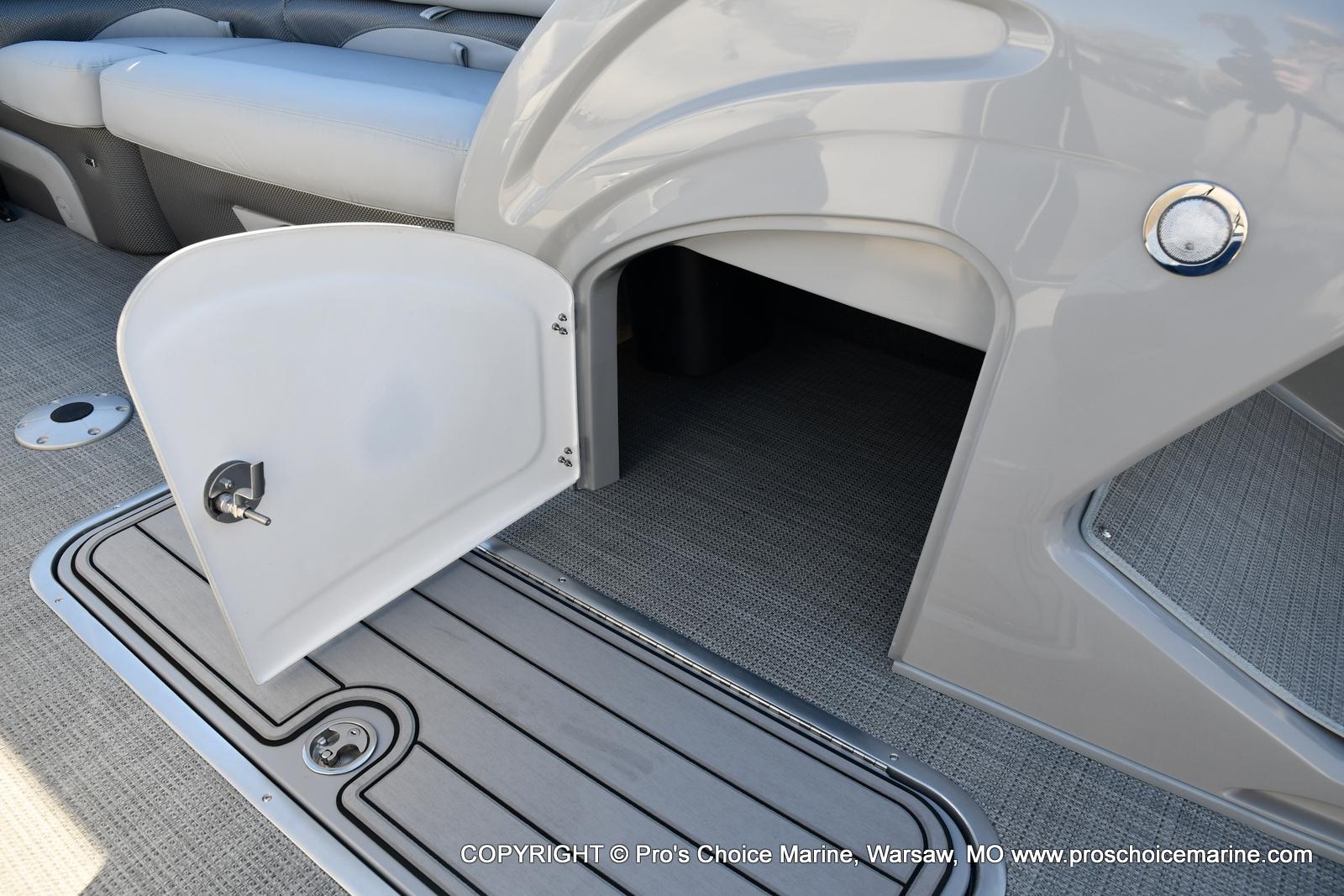 2021 Regency boat for sale, model of the boat is 230 DL3 w/250HP Mercury Verado 4 Stroke & Image # 29 of 50
