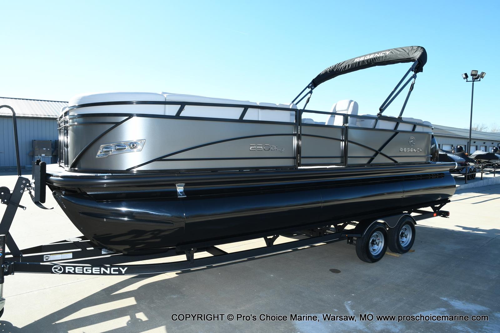 2021 Regency boat for sale, model of the boat is 230 DL3 w/250HP Mercury Verado 4 Stroke & Image # 34 of 50