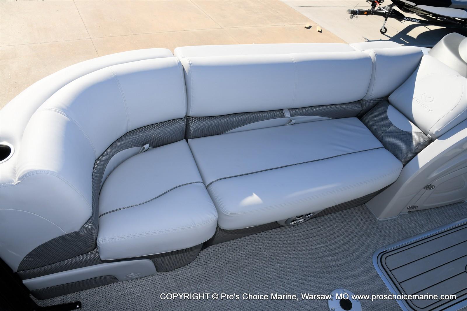 2021 Regency boat for sale, model of the boat is 230 DL3 w/250HP Mercury Verado 4 Stroke & Image # 35 of 50