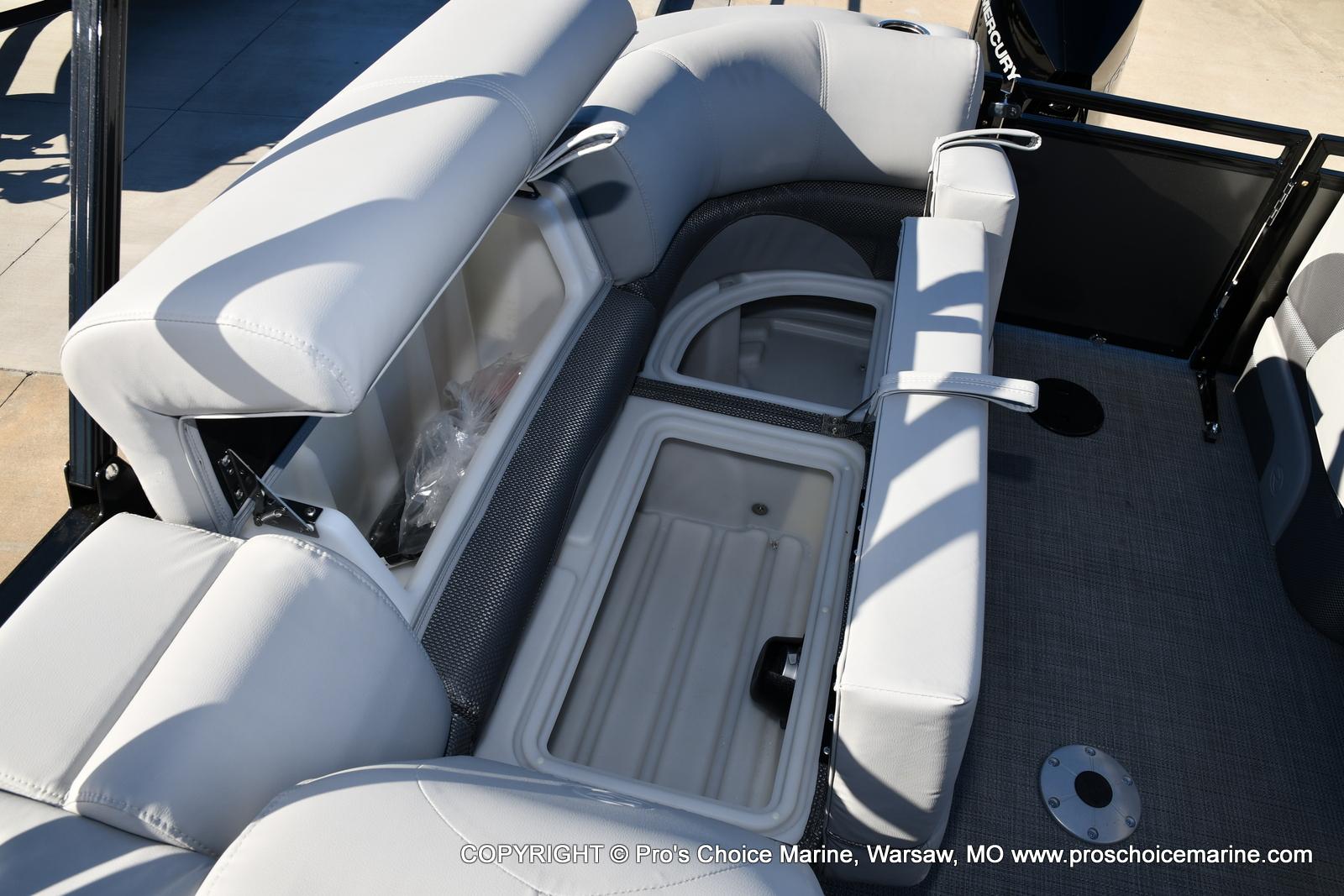 2021 Regency boat for sale, model of the boat is 230 DL3 w/250HP Mercury Verado 4 Stroke & Image # 41 of 50