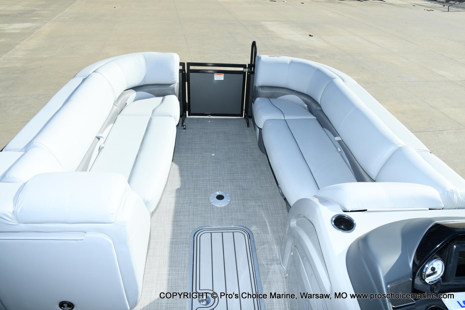 2021 Regency boat for sale, model of the boat is 230 DL3 w/250HP Mercury Verado 4 Stroke & Image # 44 of 50