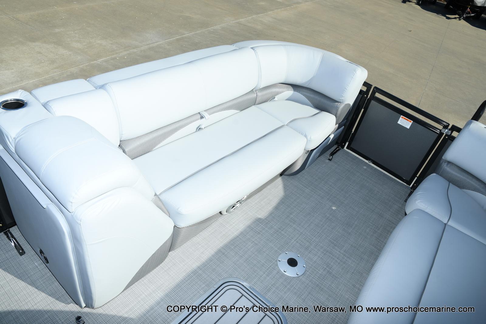 2021 Regency boat for sale, model of the boat is 230 DL3 w/250HP Mercury Verado 4 Stroke & Image # 45 of 50
