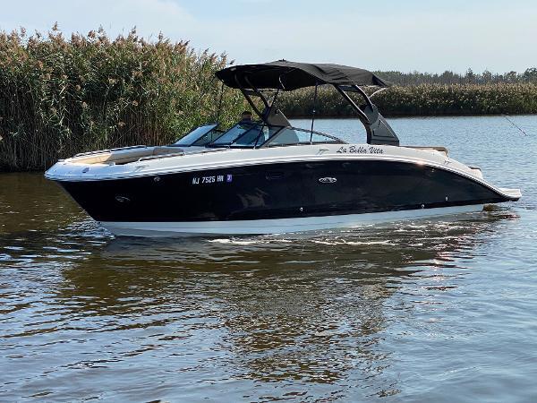 2018 Sea Ray 270 SDX