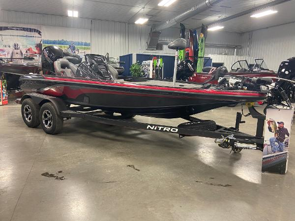 2021 Nitro boat for sale, model of the boat is Z18 Pro & Image # 3 of 17