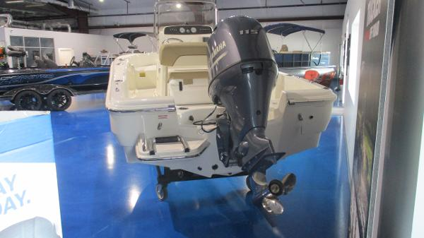 2021 Pioneer boat for sale, model of the boat is 180 Sportfish & Image # 4 of 36