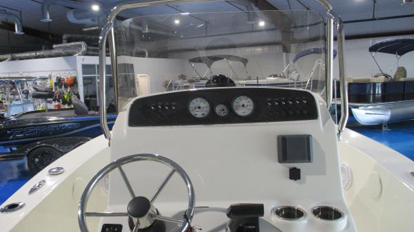 2021 Pioneer boat for sale, model of the boat is 180 Sportfish & Image # 18 of 36