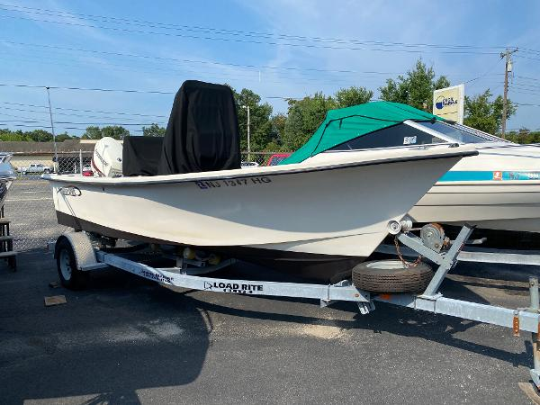 2016 May-Craft 1800 Center Console
