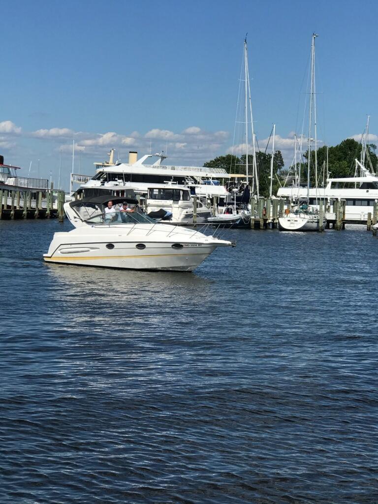 M 5720 JP Knot 10 Yacht Sales