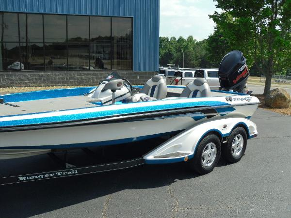 2009 Ranger Boats boat for sale, model of the boat is Z520 & Image # 3 of 32