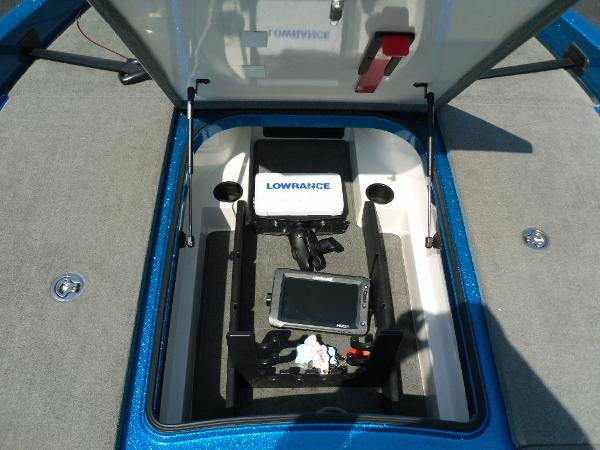 2009 Ranger Boats boat for sale, model of the boat is Z520 & Image # 21 of 32