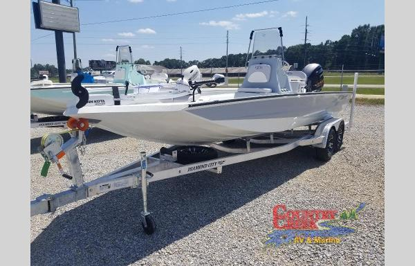 2021 Excel boat for sale, model of the boat is 220 Bay & Image # 4 of 5