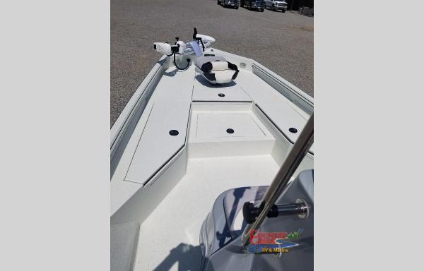 2021 Excel boat for sale, model of the boat is 220 Bay & Image # 5 of 5