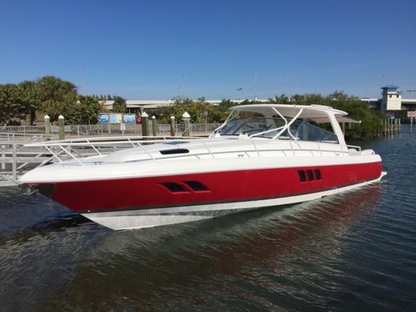 47' Intrepid 475 Sport Yacht