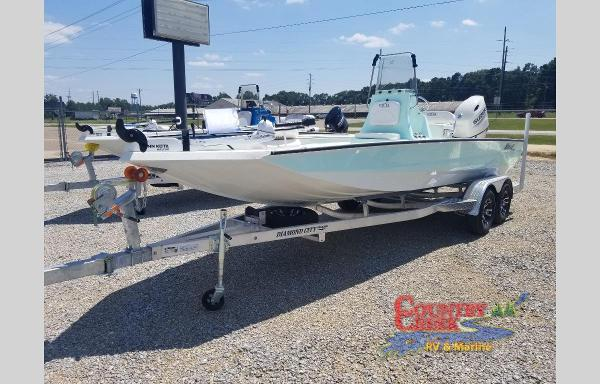 2021 Excel boat for sale, model of the boat is 220 Bay & Image # 3 of 9