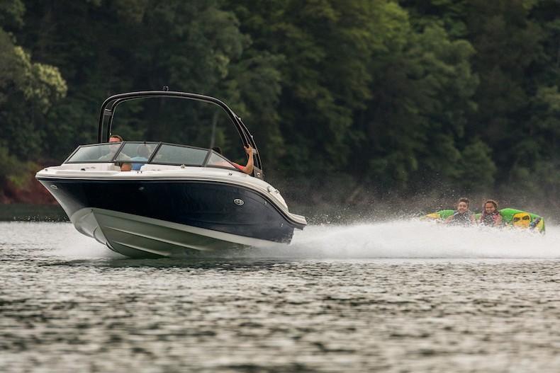 2021 Sea Ray SPX 190