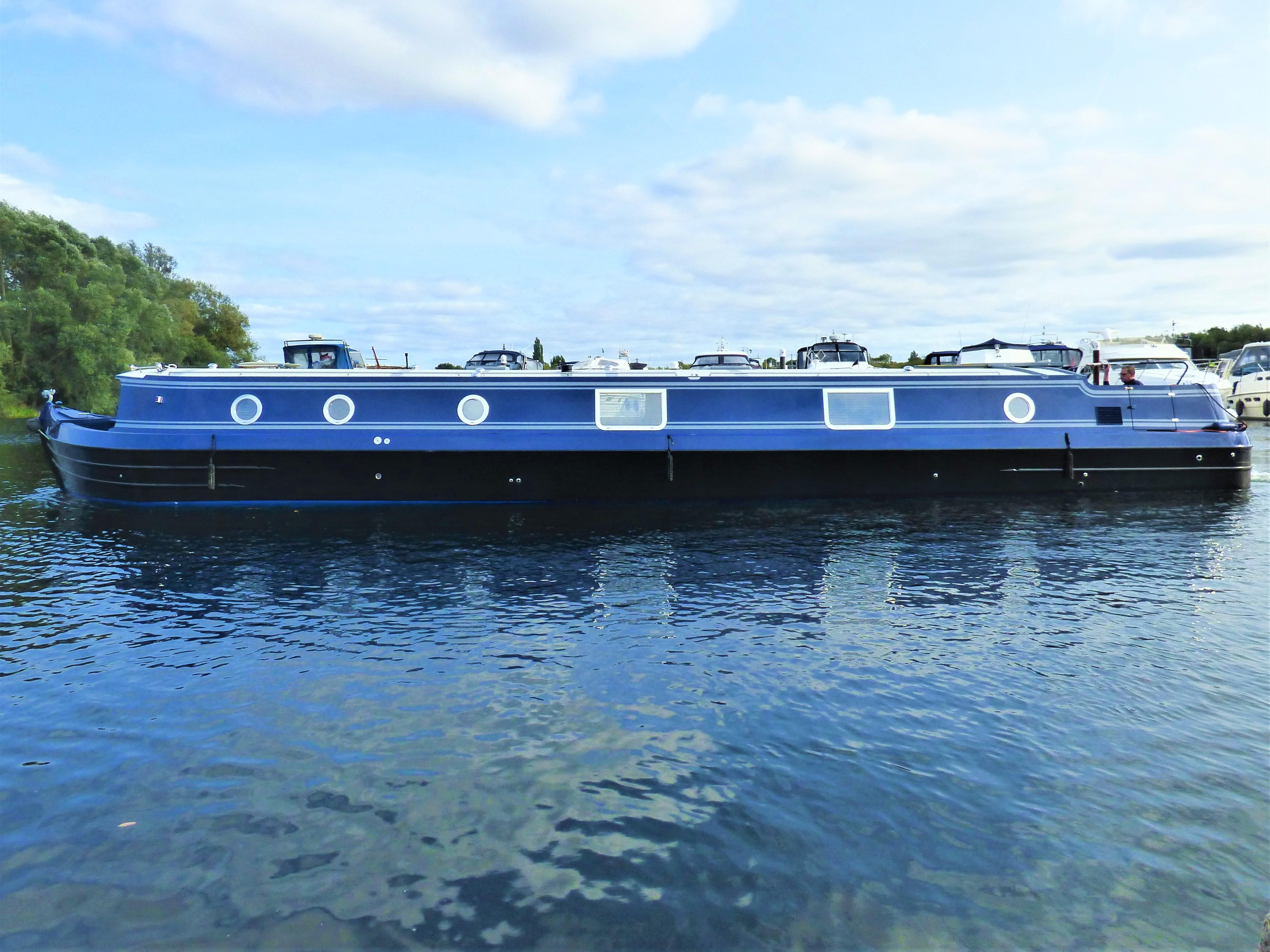 Viking Canal Boats 70 x 12 06 Widebeam Narrowboat