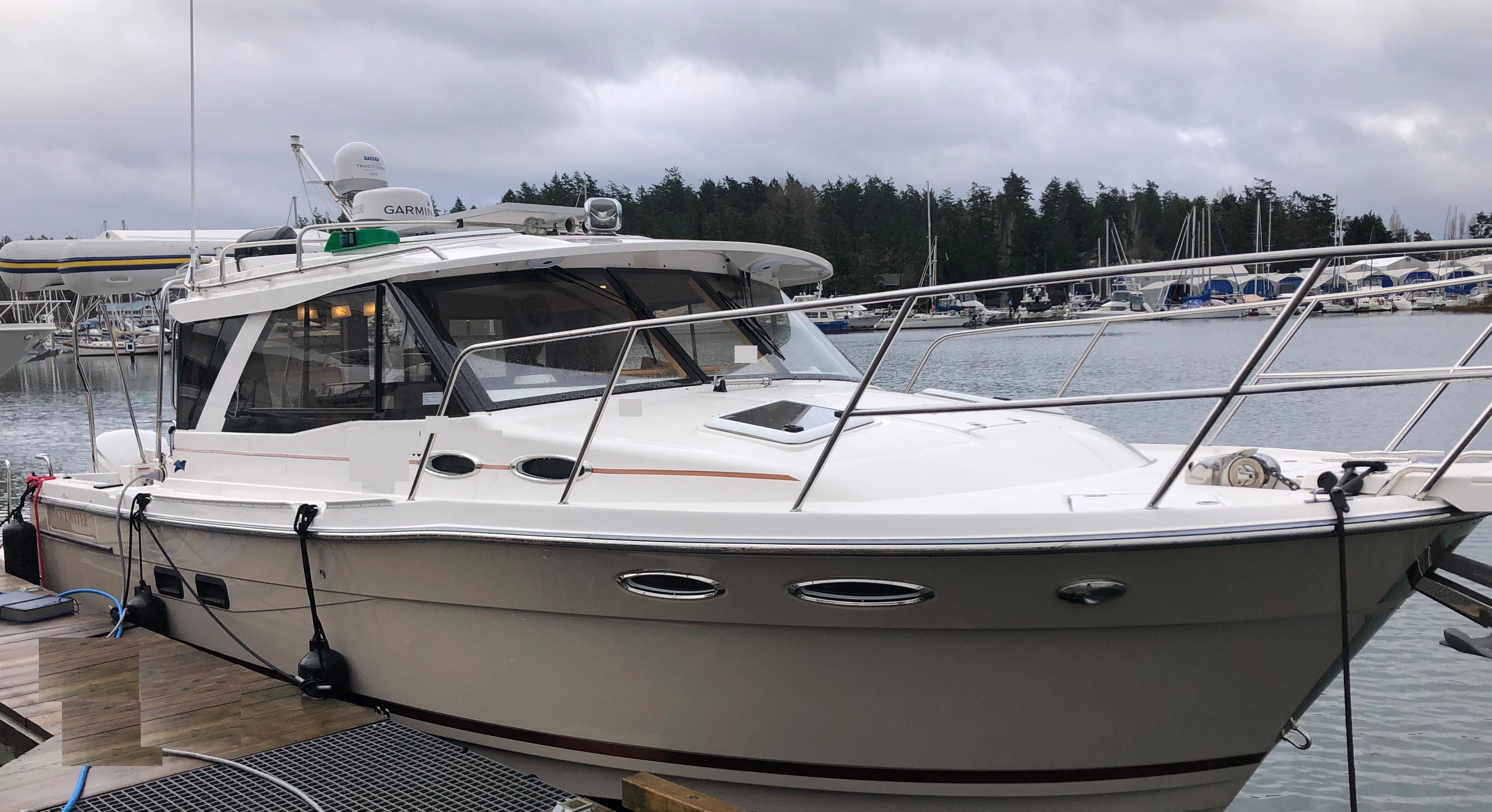2019 Cutwater 302 Coupe