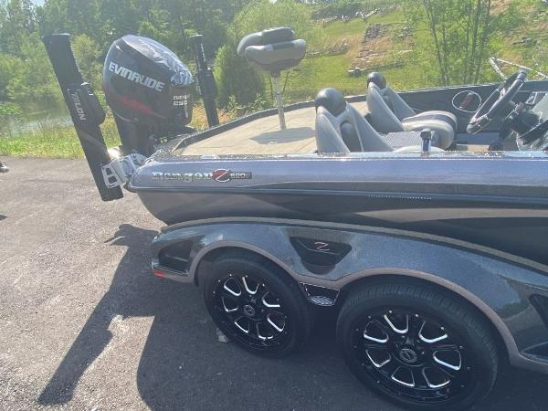 2014 Ranger Boats boat for sale, model of the boat is Z520C & Image # 3 of 21