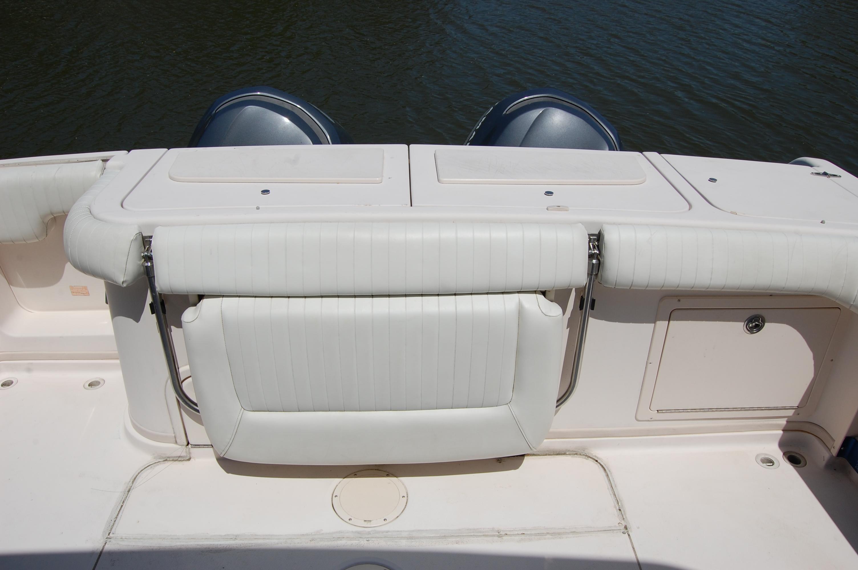 2002 Grady White 330 Express, folding transom seat