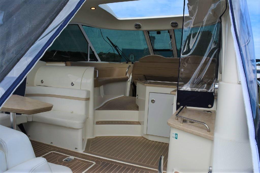 Formula 45 Yacht - Cockpit Entrance