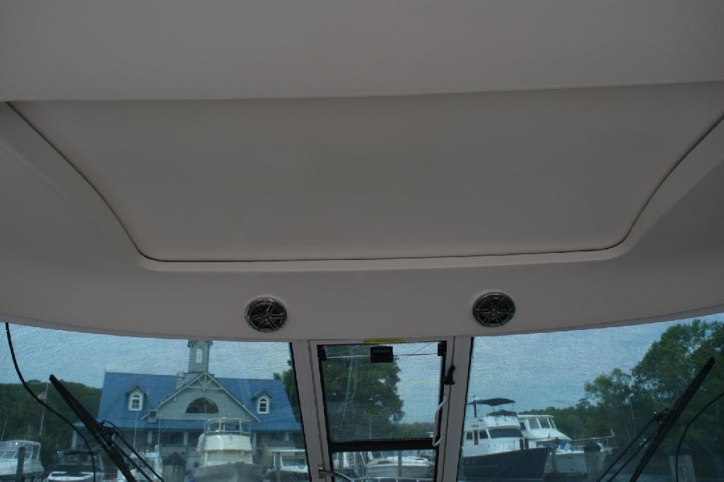 Formula 45 Yacht - Retractable Sunroof
