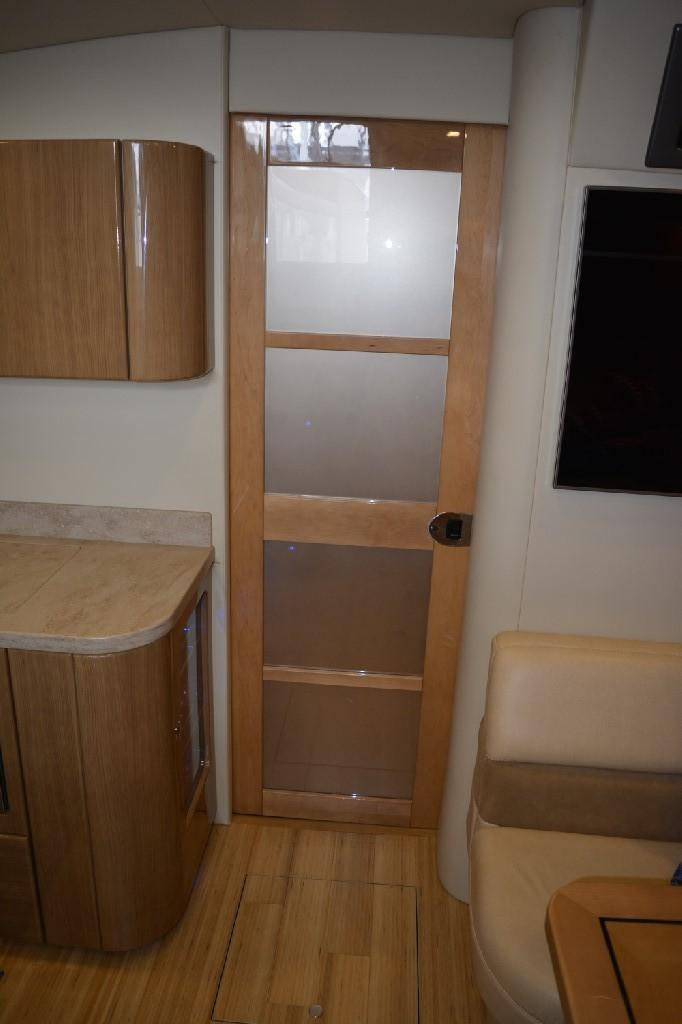 Formula 45 Yacht - Master Privacy Door