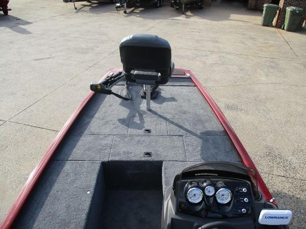 2021 Tracker Boats boat for sale, model of the boat is Pro 170 & Image # 2 of 7