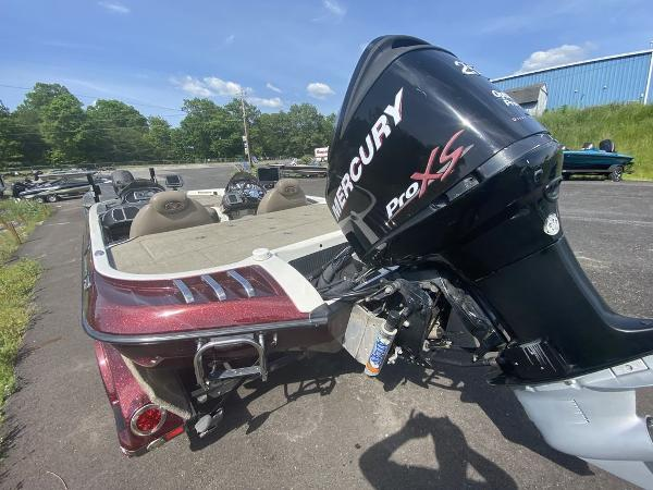 2009 Ranger Boats boat for sale, model of the boat is Z520C & Image # 2 of 16