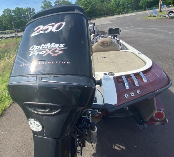 2009 Ranger Boats boat for sale, model of the boat is Z520C & Image # 6 of 16