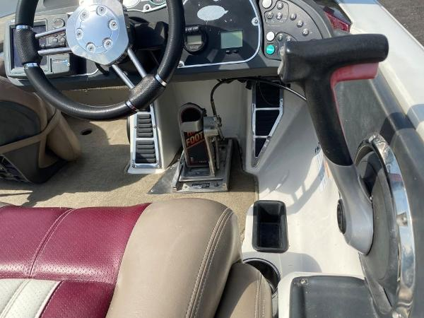 2009 Ranger Boats boat for sale, model of the boat is Z520C & Image # 10 of 16