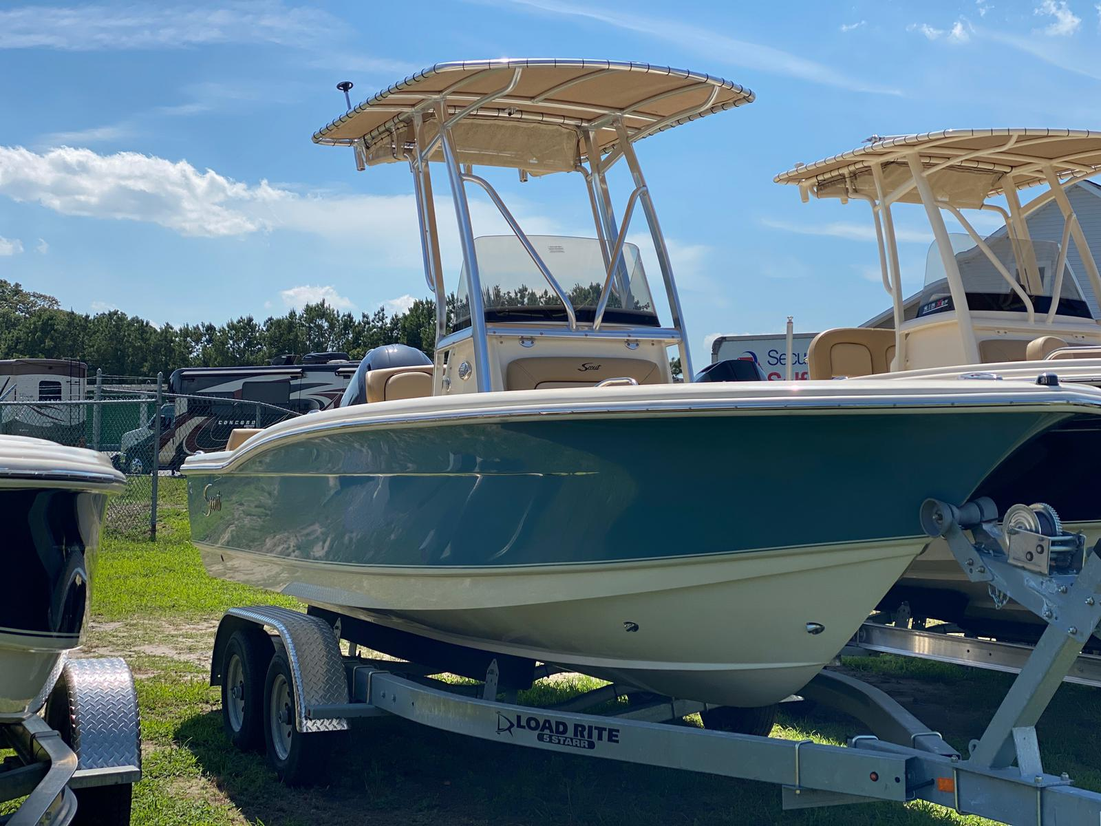 2019 Scout boat for sale, model of the boat is 195 Sportfish & Image # 4 of 10