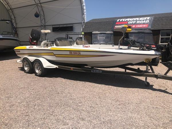 2003 Bass Cat Boats boat for sale, model of the boat is Cougar & Image # 1 of 20