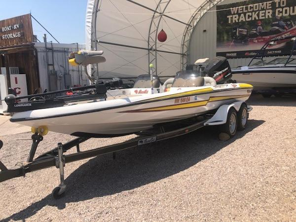2003 Bass Cat Boats boat for sale, model of the boat is Cougar & Image # 2 of 20