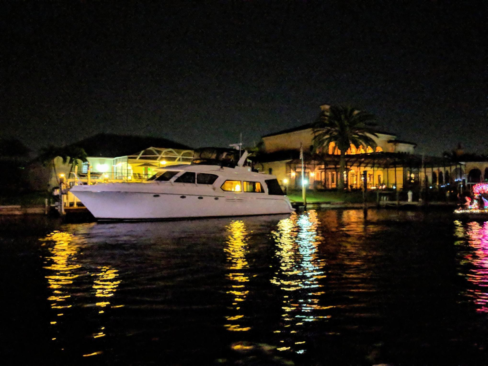 Picture Of:  54' Navigator 5400 2007Yacht For Sale   4 of 64