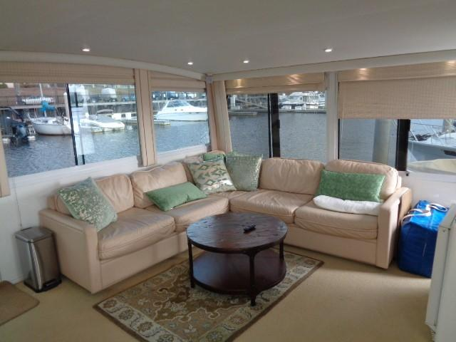 Viking 54 Motor Yacht - Aft Salon
