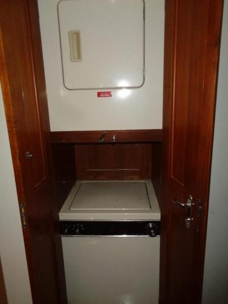 Viking 54 Motor Yacht - Washer And Dryer