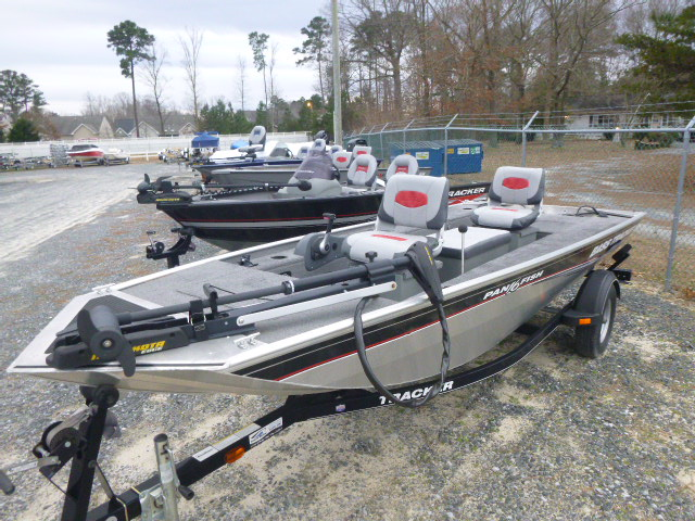 2015 Tracker Boats boat for sale, model of the boat is Panfish 16 & Image # 5 of 7
