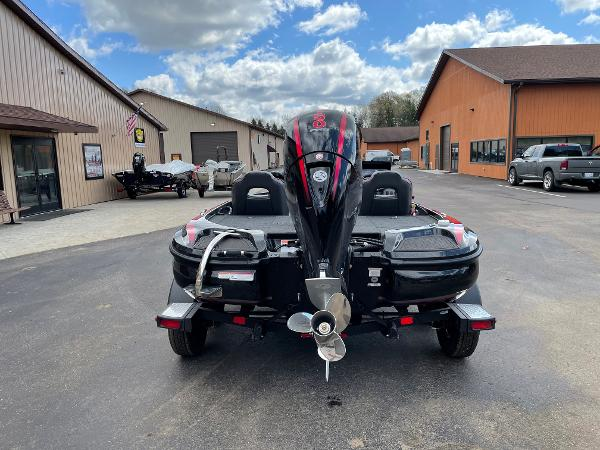 2021 Nitro boat for sale, model of the boat is Z18 Pro & Image # 5 of 11