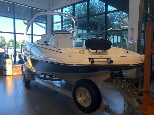 2020 Tahoe boat for sale, model of the boat is 2150 CC & Image # 1 of 95