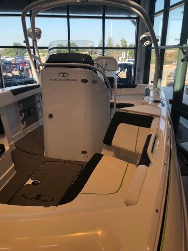 2020 Tahoe boat for sale, model of the boat is 2150 CC & Image # 4 of 95