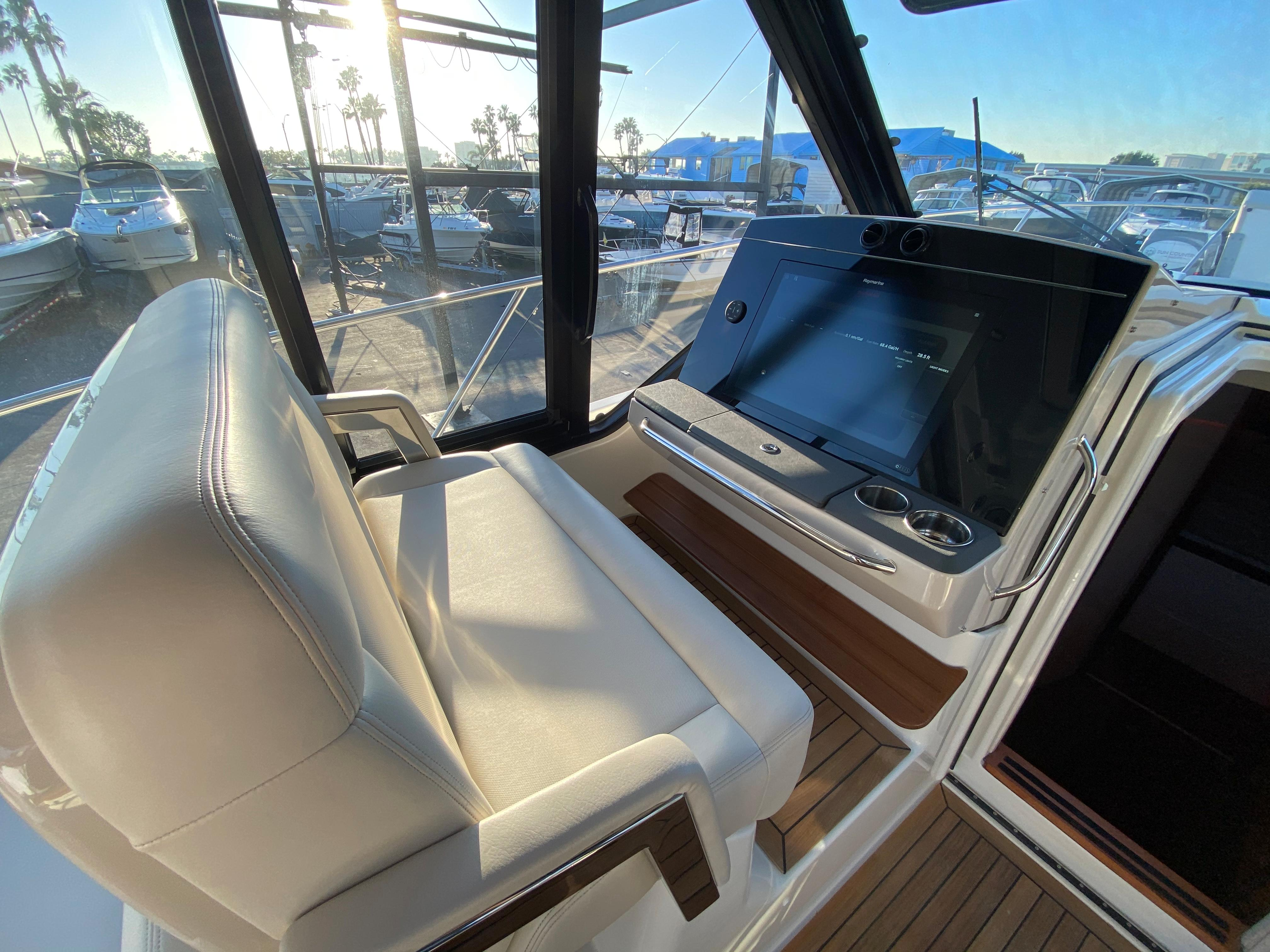 2021 Boston Whaler 405 Conquest #BW0010F inventory image at Sun Country Coastal in Newport Beach