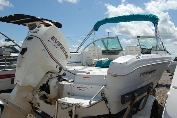 2008 Triumph boat for sale, model of the boat is 191 FS/LE & Image # 4 of 10