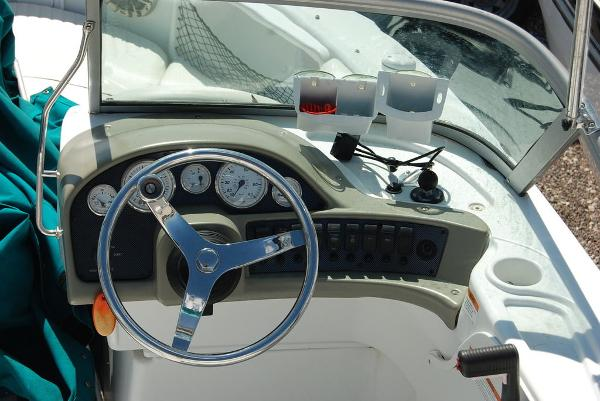 2008 Triumph boat for sale, model of the boat is 191 FS/LE & Image # 8 of 10